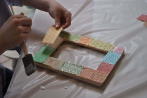 making the frame 300x199 Great 7 Year Old Girl Birthday Party Idea: Tea and Craft Party!