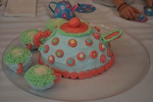 the cake 300x199 Great 7 Year Old Girl Birthday Party Idea: Tea and Craft Party!