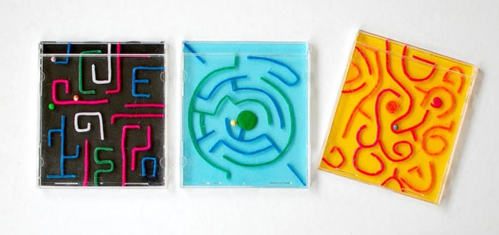 CD Labyrinths Projects by Teri Great Kids Craft: CD Case Mazes!