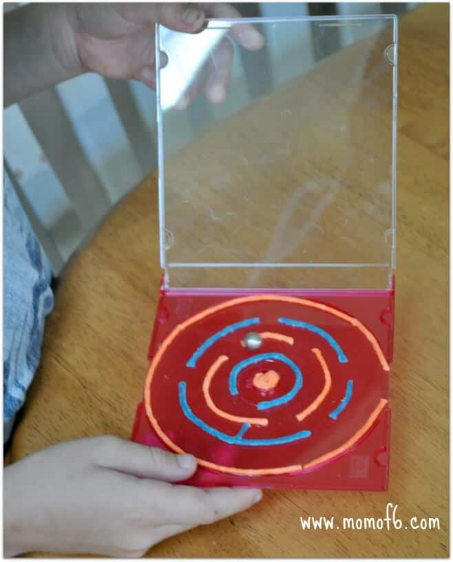CD Labyrinths4 Great Kids Craft: CD Case Mazes!