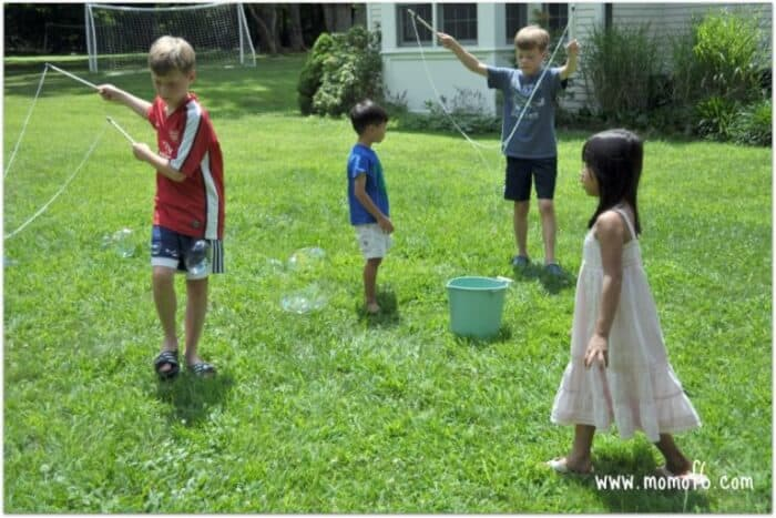 Momof6 Make Your Own Giant Bubbles4 Summer Camp At Home Craft: Giant Bubbles!