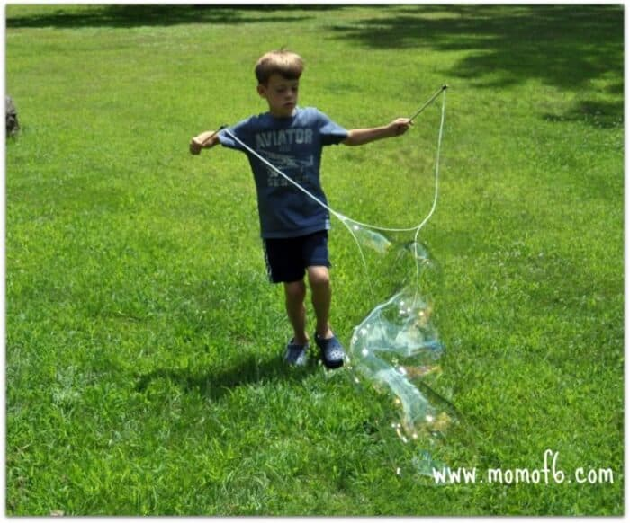 Momof6 Make Your Own Giant Bubbles6 Summer Camp At Home Craft: Giant Bubbles!