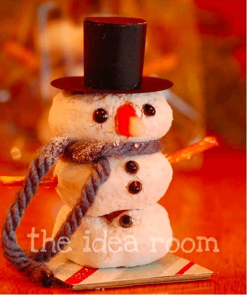 Special Breakfast Treat: An adorable donut snowman!