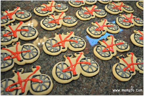 Bike Decorating Party cookies Great Idea for a 6 Year Old Birthday Party: A Bike Decorating Party!