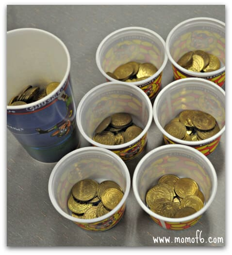 Chuck E Cheese Divvy Up the Coins 5 Tips for Moms on Surviving a Visit to Chuck E Cheese!