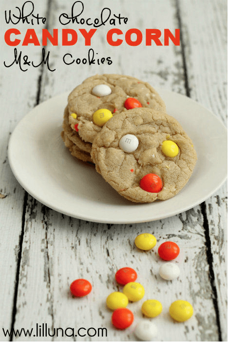 White Choloclate Candy Corn Cookies Links to Love: Decorating Inspiration and Fall Yumminess