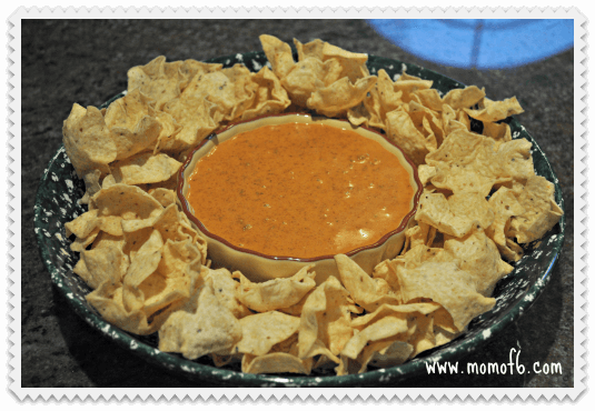 Copycat Chilis Skillet Queso5 Copycat Chilis Skillet Queso {I Pinned It and I Tried It}