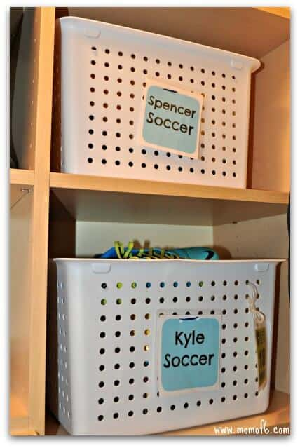 Kids Closet- bins on shelves