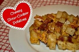 Easy Slow Cooker Cheesy Potatoes